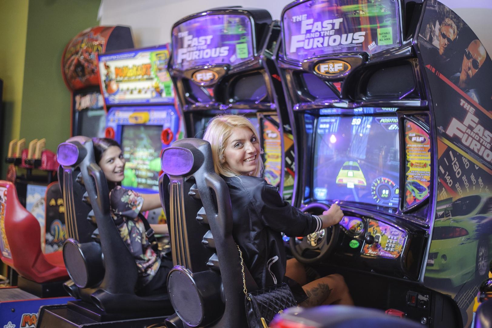 Facebook Gewinnspiele, Adventskalender Gewinnspiele oder Automatenspiele online: Wo sind die Gewinnchancen am besten?