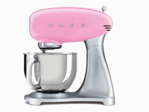 Weltkino Gewinnspiel: SMEG Küchenmaschine zu gewinnen