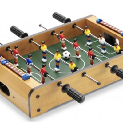 RUNNER'S WORLD Gewinnspiel: Mini Tischkicker zu gewinnen