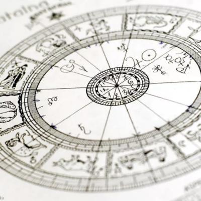 FÜR SIE Gewinnspiel: Astrologie-Beratung zu gewinnen