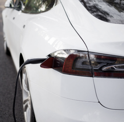 Postbank Gewinnspiel: Tesla Model 3 Elektroauto zu gewinnen